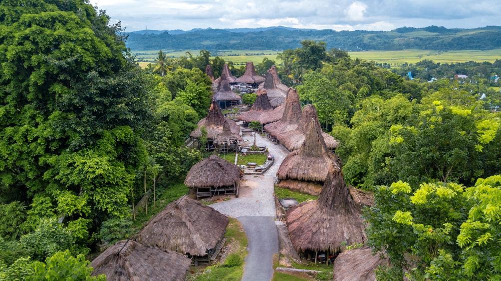 Mengintip Pesona Kampung Adat Ratenggaro Sumba Yang Kaya Budaya